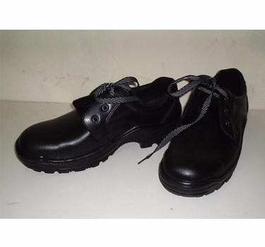 Giày chống dầu thấp cổ