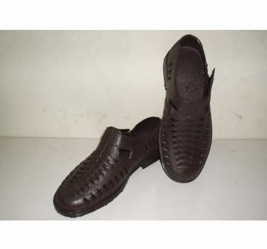 Giày nhựa Dicti